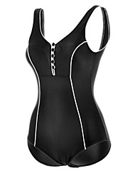Chinanuo Women's Sexy Buttons Sports Swimsuit (Polyester)