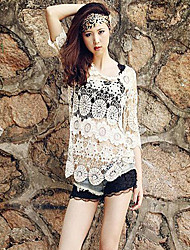 Women's Round Hollow Out Flower Sexy Beach Lace ¾ Sleeve Blouses