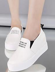 Women's Shoes Wedge Heel Comfort / Round Toe Slip-on Outdoor / Casual Black / White