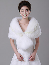 Fur Wraps / Wedding  Wraps Shrugs Sleeveless Lace / Faux Fur White Wedding Feathers / fur Clasp