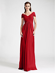 Floor-length Chiffon Bridesmaid Dress - Plus Size / Petite Sheath/Column Off-the-shoulder / V-neck