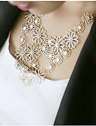 MISS U Vintage Cut Out Camellia  Necklace