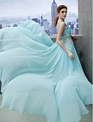 TS Couture® Prom  Formal Evening / Black Tie Gala Dress A-line Scoop Court Train Chiffon with Appliques