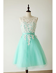 Knee-length Lace Bridesmaid Dress A-line Scoop with Lace / Sash / Ribbon