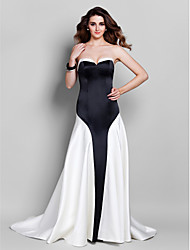 TS Couture® Formal Evening / Black Tie Gala Dress - Elegant Plus Size / Petite A-line Sweetheart Court Train Satin with