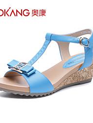 sandálias de couro das mulheres aokang® - 132823661