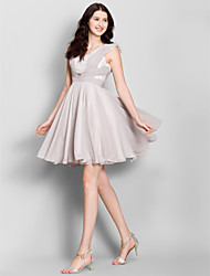 Knee-length Chiffon Bridesmaid Dress A-line Scoop with Criss Cross