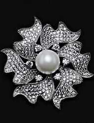 Women's Imitation Pearl Brooch Ivory