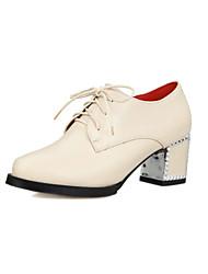 Zapatos de mujer - Tacón Robusto - Puntiagudos - Tacones - Vestido / Casual - Semicuero - Negro / Rojo / Blanco / Beige