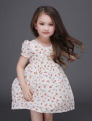 Menina de Vestido Verão Poliéster Branco