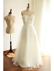A-line Wedding Dress Floor-length Sweetheart Lace / Tulle with Lace / Pearl / Sash / Ribbon