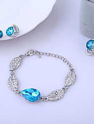 3pcs Jewelry Set Shining Crystal Leaves Pendant Necklace Earring Bracelet(Assorted Color)