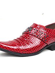 Zapatos de Hombre Oxfords Boda / Oficina y Trabajo / Vestido / Casual / Fiesta y Noche Cuero Patentado Negro / Rojo