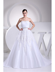 A-line Wedding Dress Chapel Train Strapless Lace / Organza with Lace / Appliques / Beading / Criss-Cross