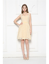Knee-length Lace Bridesmaid Dress-Champagne A-line Sweetheart
