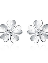 lureme®Fashion Style Silver Plated Flower Shaped Stud Earrings