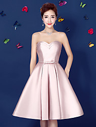 Cocktail Party Dress Ball Gown Strapless Knee-length Satin with Bow(s) / Pockets / Sash / Ribbon