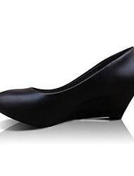 Calçados Femininos-Saltos-Saltos-Salto Cone-Preto-Courino-Escritório & Trabalho