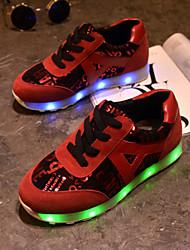 las de las mujeres llevaron los zapatos de carga USB a zapatillas de deporte al aire libre de cuero sintético / deportivo / negro ocasional / rojo