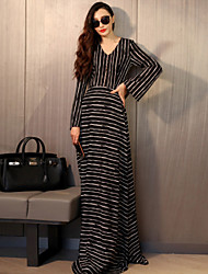 Women's Casual / Day / Simple Striped Chiffon / Swing / Black and White Dress , V Neck Maxi Polyester