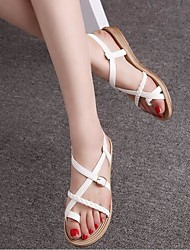 Women's Shoes Beach Patent Leather Flat Heel Toe Ring / Comfort Sandals Outdoor / Casual Black / White