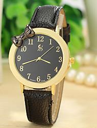 simples relógio borboleta nó digital da mulher