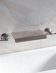 Wasserfall Waschbecken Wasserhahn weit verbreitet zeitgenössisches Design Hahn (vernickelt)