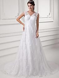 А-силуэт Свадебное платье Со шлейфом средней длины V-образный вырез Кружева / Сатин с Кружева / Рюши/сборки