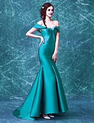 Formal Evening Dress Trumpet / Mermaid Off-the-shoulder Sweep / Brush Train Satin / Taffeta with Ruffles