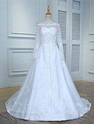 Ball Gown Wedding Dress Court Train Off-the-shoulder Tulle with Appliques / Button / Lace