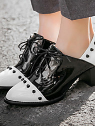Women's Shoes Patent Leather/Chunky Heel/Round Toe/Cap-Toe Heels/Oxfords Office & Career/Dress/Casual Black