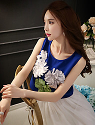 Women's Color Block Blue / White Blouse,Round Neck Sleeveless