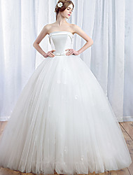 Ball Gown Wedding Dress Floor-length Strapless Satin / Tulle with Bow