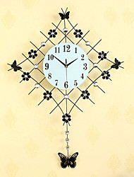 Modern Style Fashion Creative Diamond Pendulum with Iron Mute Wall Clock