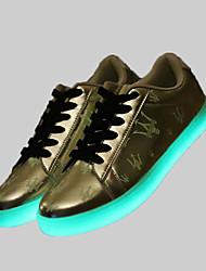 mujeres y hombres parejas llevada de los zapatos de carga USB LED para deportes zapatos de carga USB