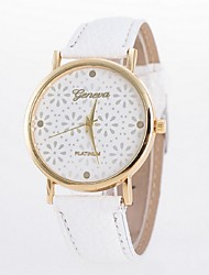 Ladies' Watch Stylish Small Floral Dial Belt Table Casual Ms. Quartz Watch