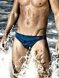 Men of low-rise swimming trunks