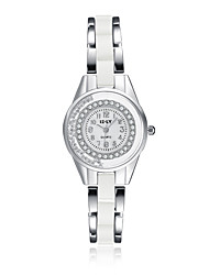2016 Jewelora Luxury Noble Cubic Zircon Ceramic Silver Quartz Women Party Watches