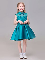 A-line Knee-length Flower Girl Dress - Lace / Satin / Sequined Sleeveless High Neck with Appliques