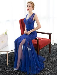 Formal Evening Dress Trumpet / Mermaid V-neck Sweep / Brush Train Lace / Satin / Tulle / Sequined with Lace