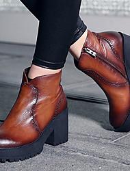 Calçados Femininos-Botas-Botas da Moda-Salto Grosso-Preto / Marrom-Couro-Casual