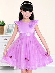 A-line Knee-length Flower Girl Dress - Satin / Tulle Short Sleeve Jewel with Flowers