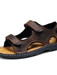 Masculino-Sandálias-Conforto-Rasteiro-Marrom-Couro-Ar-Livre / Casual / Para Esporte