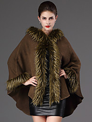Women's Wrap Capes Long Sleeve Faux Fur Black / Burgundy / Dark Green / Gray Wedding / Party/Evening / Casual Feathers /