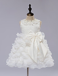 A-line Knee-length Flower Girl Dress - Lace / Satin / Tulle Sleeveless Jewel with Bow(s)