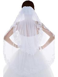 Wedding Veil Two-tier Fingertip Veils Lace Applique Edge Tulle / Lace White / Ivory