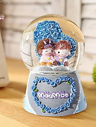 Home Decoration Birthday Gift Resin Ornaments Lovers Crystal Ball Rotating Music Box (Random Colors)