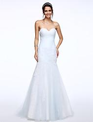 Lanting Bride® Ajusté & Evasé Robe de Mariage  Traîne Brosse Coeur Tulle avec Appliques / Drapée sur le côté
