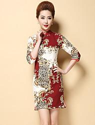 Feminino Bainha Vestido,Formal / Tamanhos Grandes Chinoiserie Estampado Colarinho Chinês Acima do Joelho Manga ¾ Vermelho / Preto