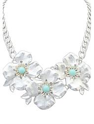 Women European Style Fashion Cute Fresh Flower Statement Necklace